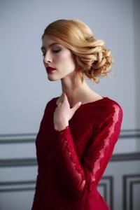 Образ модели для съемки дизайнерских платьев
