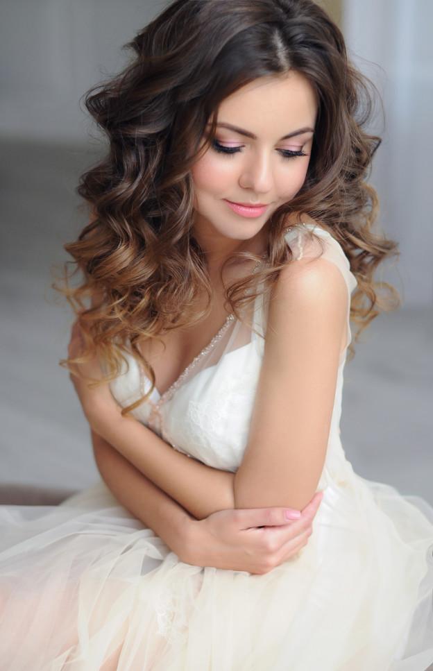 Красивая фотосессия в белом