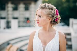 Свадебный образ с живыми цветами