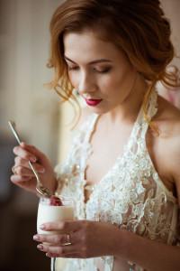 Свадебная фотосессия с десертами