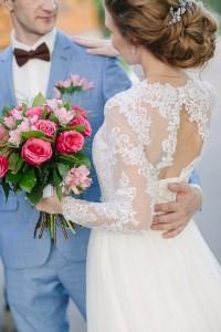 небрежный свадебный пучок. свадебный стилист москва